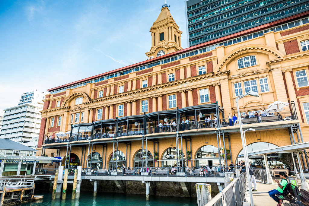 Auckland-Ferry-Building_100818s