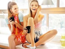 girls-685778_1280